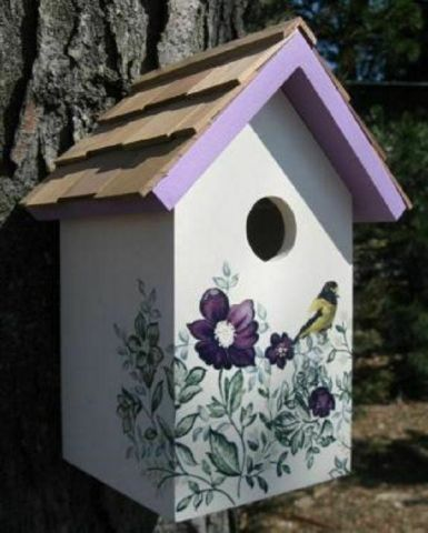 Wild Bird Nesting Box/Birdhouse with a lovely Anemone and Bird Design