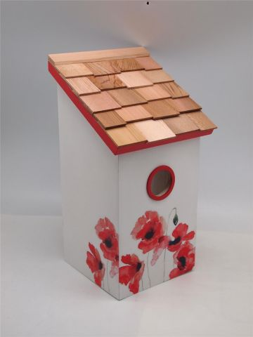 Wild Bird Nesting Box/Birdhouse with a Lovely printed Poppy Design