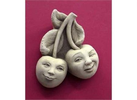 Brad & Cherrie Pit Home & Garden Ornament Made from Reconstituted Stone
