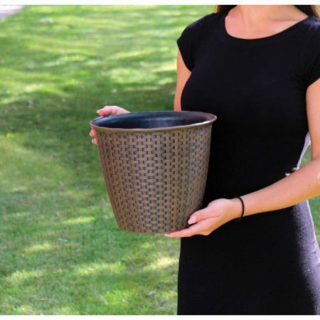 Large Rattan Effect Plastic Plant Pot Planter.  34cm Diameter