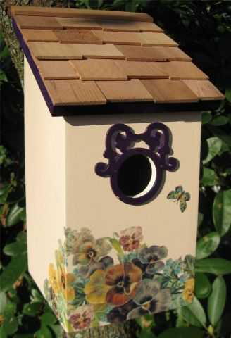 Wild Bird Nesting Box/Birdhouse with a lovely printed Butterfly and Flower Design