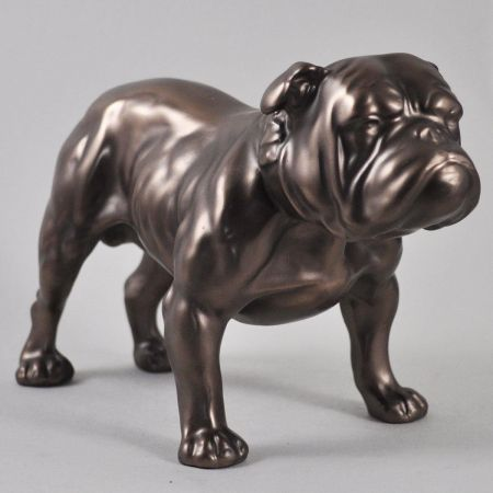 Bulldog statue in cold cast bronze. Dog sculpture by Beauchamp Bronze