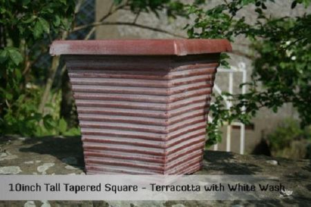 Square tapered planter patio pot 25cm diameter.  Plastic but looks like stone.[terracotta]