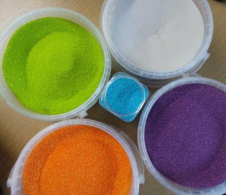 Coloured sand in 250g bag
