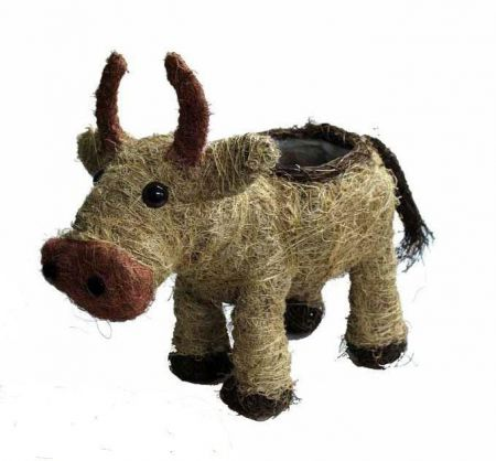 Cute Cow Planter Made from Natural Fibres
