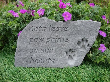 Cats Leave Paw Prints on Our Hearts Memorial Stone. 37 x 24cm approx