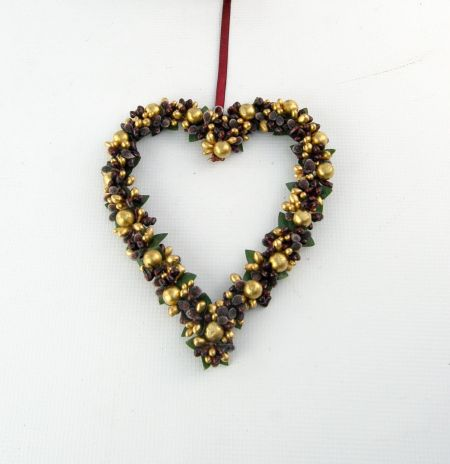 Christmas Frosted Berry Heart Wreath Hanger