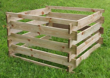 Wooden Garden Composter. Make your own compost