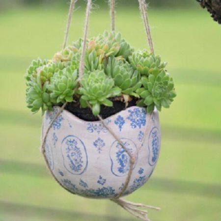 Ceramic Blue and White Hanging Pot 14cm diameter