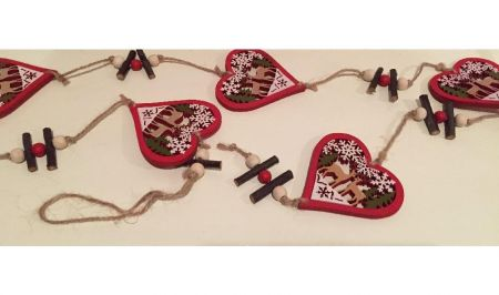 Wooden Carved Hearts Garland with Woodland Reindeer Scene 100cm long