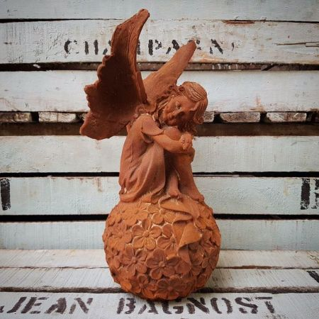Cast Iron Fairy Sitting on Flowerball Garden Ornament Statue with Rusty Finish
