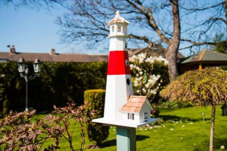 Wild Bird Nesting Box/Birdhouse Lighthouse Design