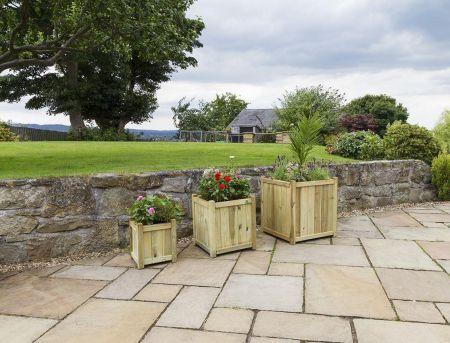 Wooden Garden Holywell Planter - MEDIUM