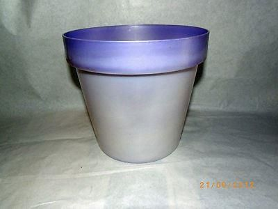 Two tone pearl and lilac plastic plant pot.  23cm diameter.  Unusual