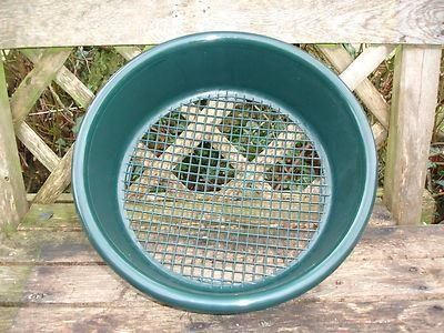 Plastic garden sieve or riddle.  35cm diameter.