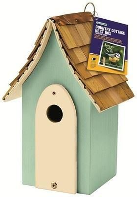 country cottage nest box with red cedar tiles roof.[Green]
