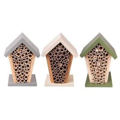 Bee House.  Wood and Bamboo.  Green, cream or grey[Cream]