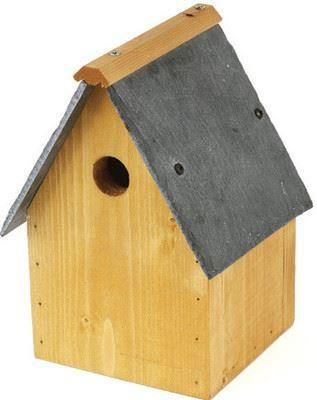 Slate roof wild bird nest box with a slate roof. 28mm hole