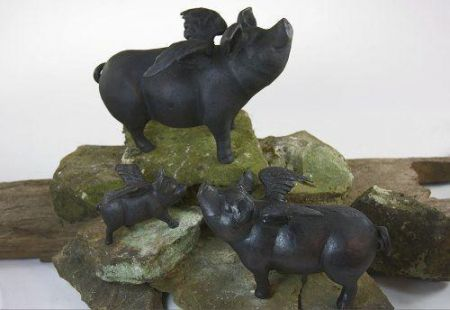Cast iron Flying pig / pig with wings statue. Large size.