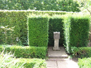Hedges, gardens, statues, sculpture all provide structure and give direction