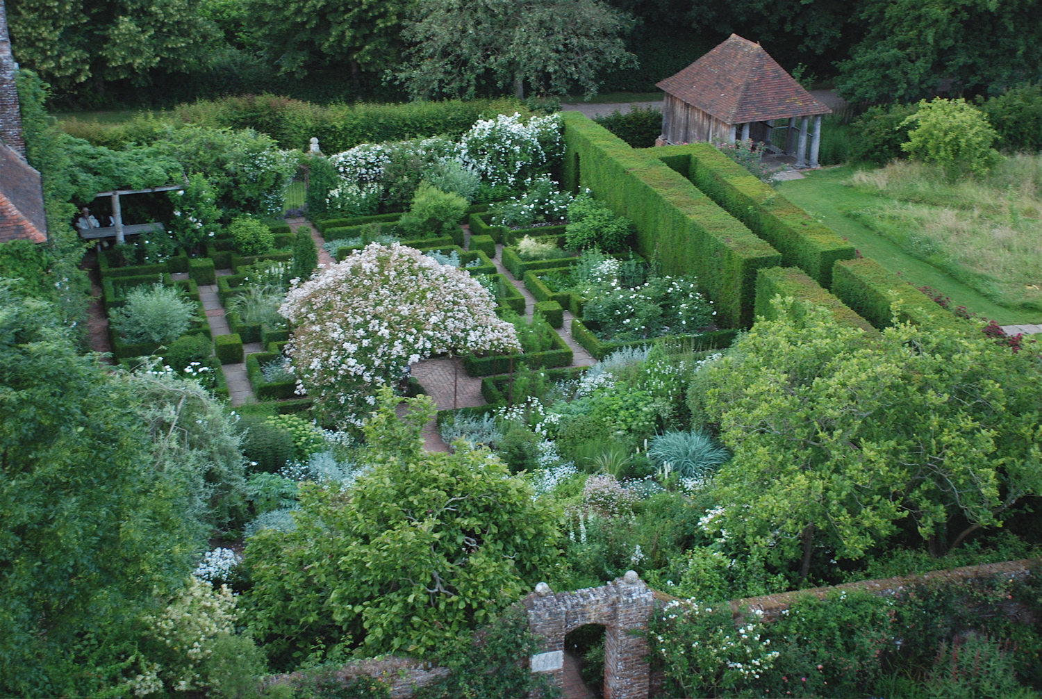A Potted History Of Gardens: 12 Styles Of Garden Design