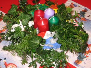 christmas, decorations, make your own, ivy, conifer, candles, fun