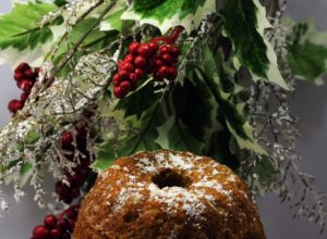 Christmas, decorations, holly, ivy, festive, xmas, plants, wreath, swag, Christmas 2016, make your own, berries