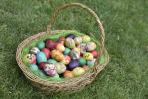 Easter, Easter egg hunt, spring, treasure, school holidays, kids, children, spring, garden, fun