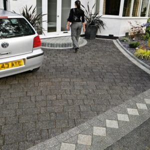 front garden, parking, cars, driveway, paving, patio, fashion, car parking space, homes, property,