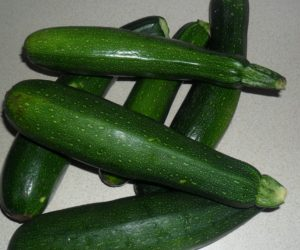 courgettes, grow your own, growing, vegetables, kitchen garden, kitchen, eating, cooking, gardening, garden,