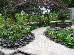small garden, garden design, garden path, planting, seating area, shaped lawn, gardening, garden, design, perfectplants.co.uk,